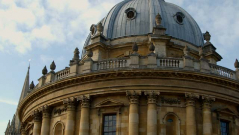 Panning-Shot-of-University-of-Oxfords-Radcliffe-Camera-Building