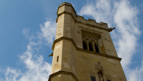 Panning-Shot-of-St-Peters-College-In-Oxford-England