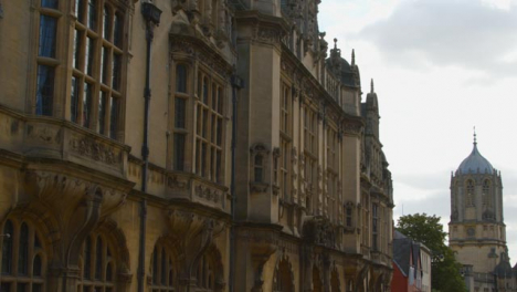 Panning-Shot-of-Oxford-Town-Hall-and-Museum-of-Oxford-