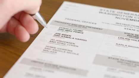 Close-Up-Ballot-Paper-with-Undecided-Voter-in-2020-US-Election