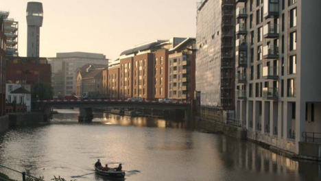 Wide-Shot-of-Rowing-Boat-On-River-In-Bristol-England