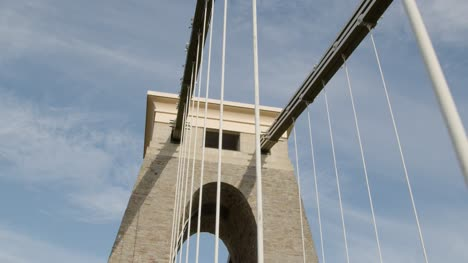 Tilting-Shot-of-Clifton-Suspension-Bridge-In-Bristol-