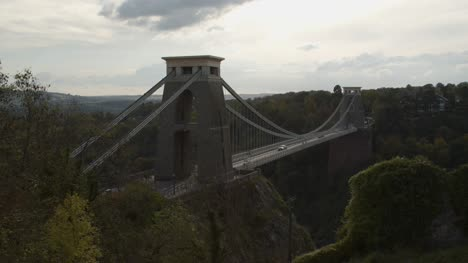 Sliding-Shot-of-the-Clifton-Suspension-Bridge-In-Bristol-England