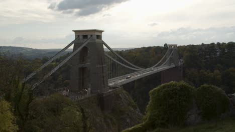 Sliding-Shot-of-the-Clifton-Suspension-Bridge-In-Bristol-