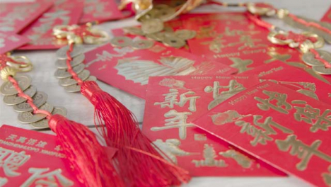 Sliding-Shot-of-Pile-of-Chinese-New-Year-Red-Envelopes