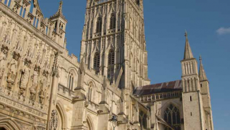 Panning-Shot-Looking-Up-at-the-Gloucester-Cathedral-
