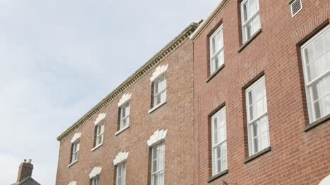 Tracking-Shot-Looking-Up-at-Inner-City-Town-Houses