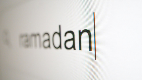 Extreme-Close-Up-Typing-Ramadan-in-Google-Search-Bar