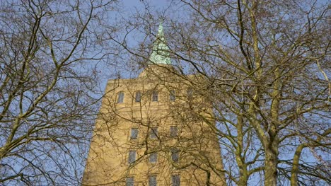 Tracking-Shot-Looking-Up-at-the-Spire-of-Nuffield-College-