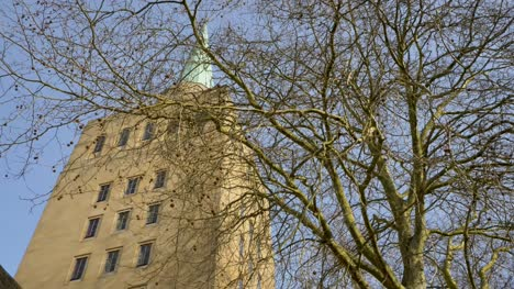 Tracking-Shot-Approaching-Spire-of-Nuffield-College-