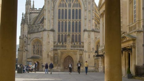 Tracking-Shot-Approaching-and-Looking-Up-at-Bath-Abbey