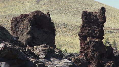 Lava-Beds-National-Monument-pillars-of-lava