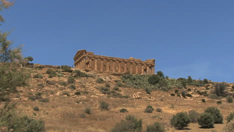 Italy-Sicily-Agrigento-temple-on-hill