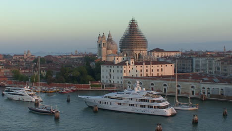 Venice-Italy-boats-and-church-dome-under-reconstruction