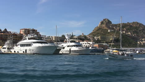 Mexico-Baja-Cabo-San-Lucas-boat-goes-by