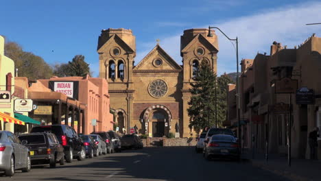 Santa-Fe-New-Mexico-cathedral-approach