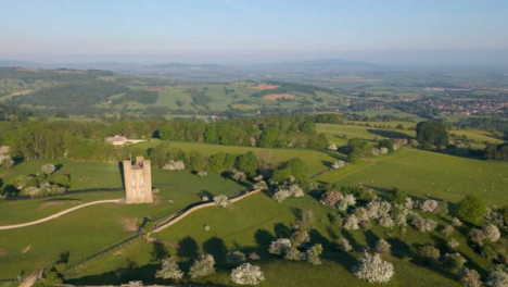 Drone-Shot-Orbiting-Around-Cotswolds-Broadway-Tower