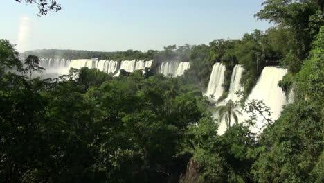 Iguazu-Falls-a-beautiful-row-of-waterfalls