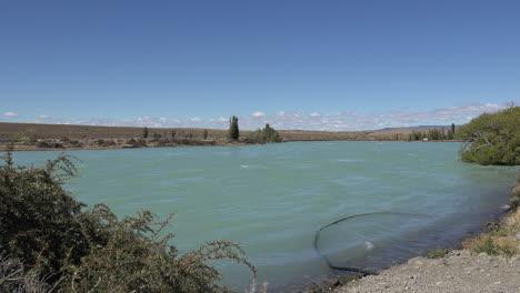 Argentina-Patagonia-Rio-Leona-flowing