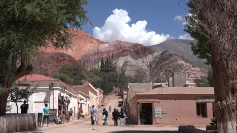 Argentina-Purmamarca-cloud-over-hill-of-seven-colors
