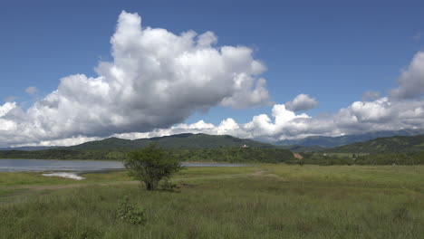 Argentina-cloud-over-lake