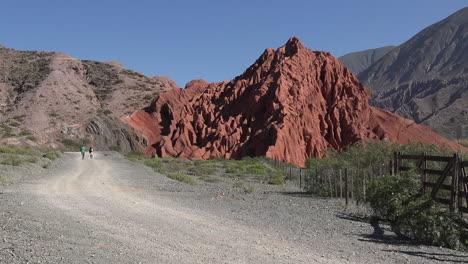 Argentina-people-on-desert-road-pan