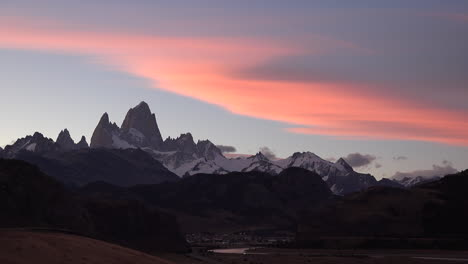 Argentina-pink-cloud-over-Fitz-Roy-massif
