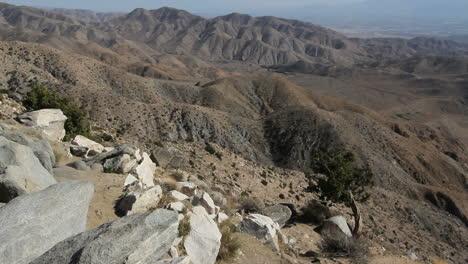 Joshua-Tree-National-Park-California-dramatic-Keyes-View