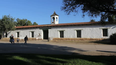Fachada-Del-Museo-De-La-Ciudad-Vieja-De-California-San-Diego