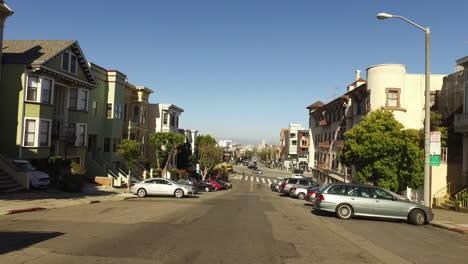 San-Francisco-California-downhill-to-intersection