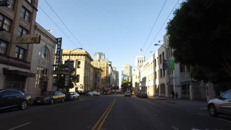 San-Francisco-California-downtown-traffic