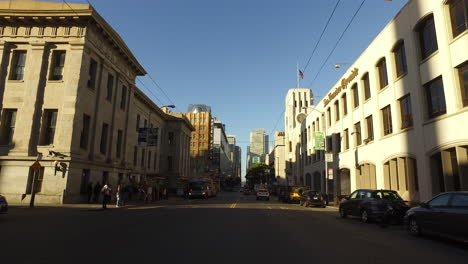 San-Francisco-California-driving-down-a-commercial-street