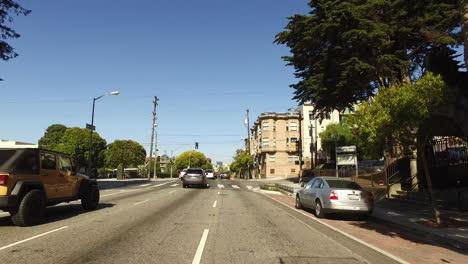 San-Francisco-California-street-past-houses