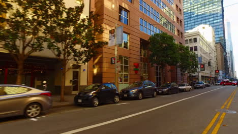 San-Francisco-California-street-with-downtown-traffic