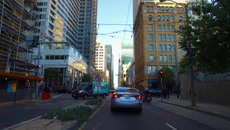 San-Francisco-California-traffic-turning-in-central-city