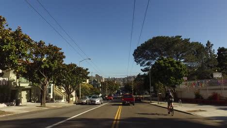 San-Francisco-California-El-Tráfico-Con-Bicicletas-Y-Autobuses-