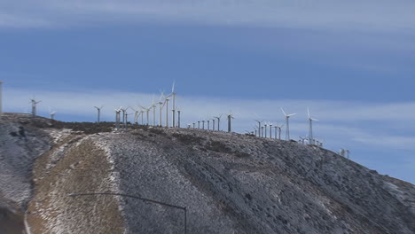 California-zooms-from-wind-turbines