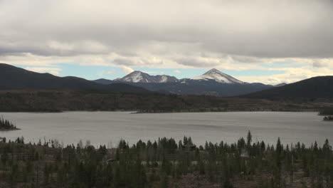 Colorado-Lake-Dillen-distant-peaks