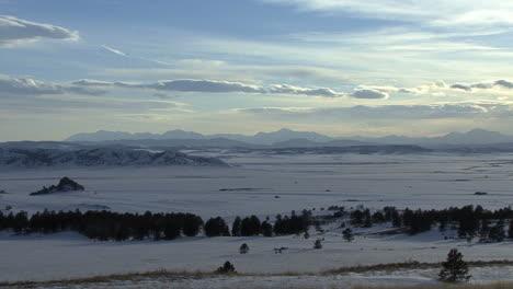 Colorado-snow-in-a-valley-zoom-in