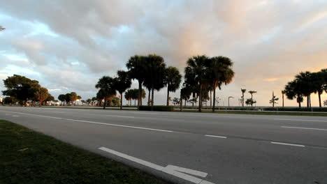 Tráfico-De-Florida-Miami-Con-Bicicleta-mov