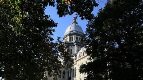 Illinois-statehouse-Springfield-dome
