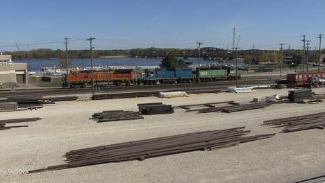 Iowa-Burlington-rail-yards-and-river