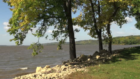 Wisconsin-Mississippi-bank-at-Grant-River-Recreation-Area