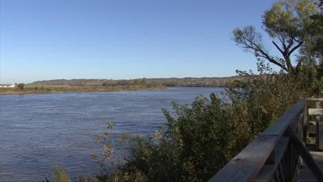 Iowa-Missouri-River-view