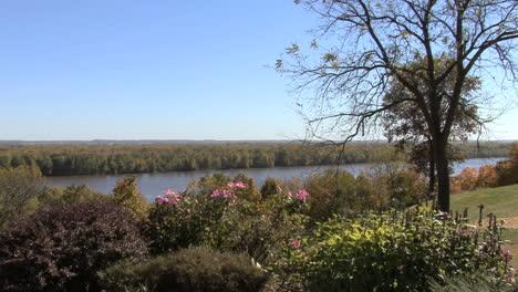 Iowa-Vista-De-Mississippi-Desde-El-Parque