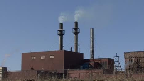 Michigan-Sault-Ste-Marie-smoke-from-smokestacks