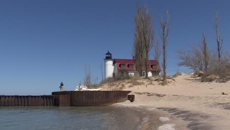 Michigan-lighthouse-by-lake