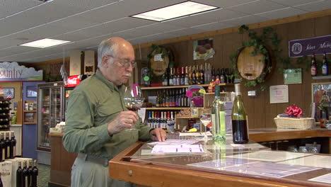 Michigan-man-samples-wine