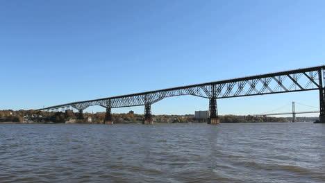 New-York-Hudson-bridge-Poughkeepse