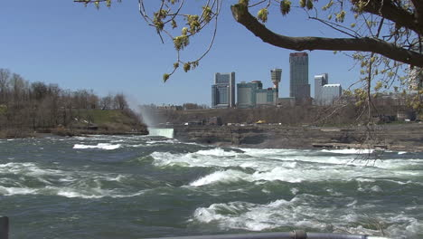 New-York-Niagara-River-with-tree-framing-view-of-Canada